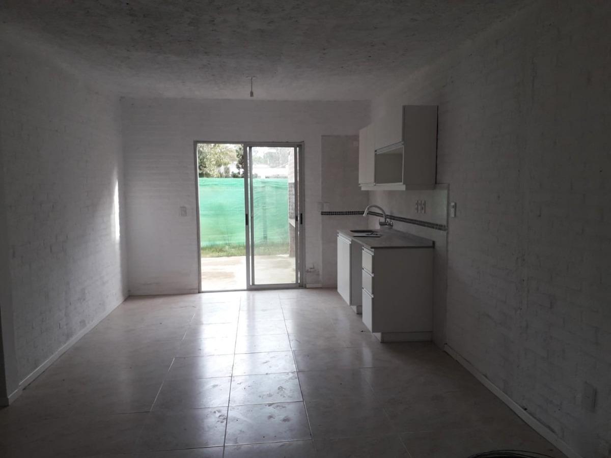 venta casa parque del plata sur, 2 dorm 1 baño ca541