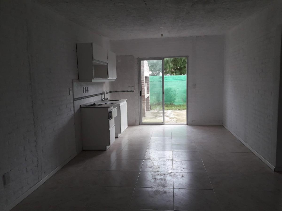venta casa, parque del plata sur, 2 dorm 1 baño ca542