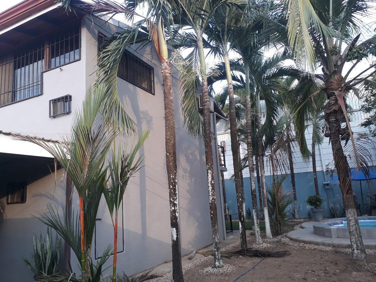 venta casa pequeño oasis, quepos manuel antonio