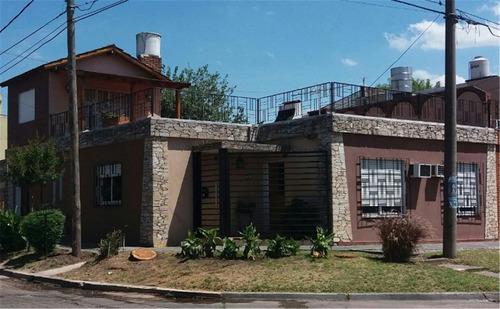 venta casa ph en castelar