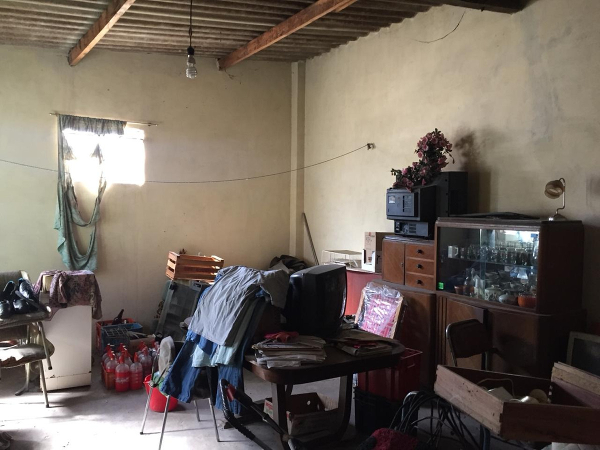 venta casa ph sobre caferatta - caseros