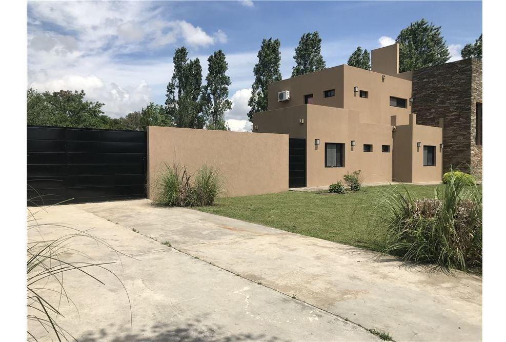 venta casa pilar permuta por depto o local caba