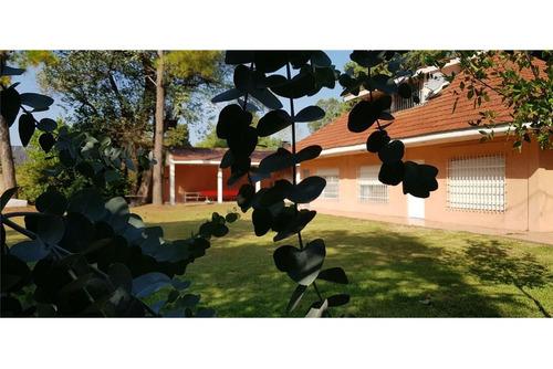 venta casa quinta 4 ambientes en florencio varela