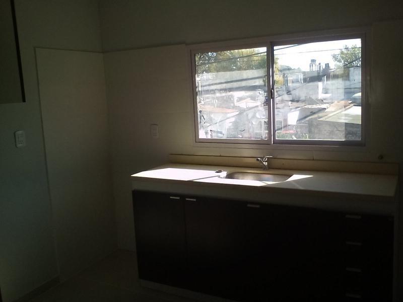 venta casa reciclada de 2 dormitorios en azcuénaga