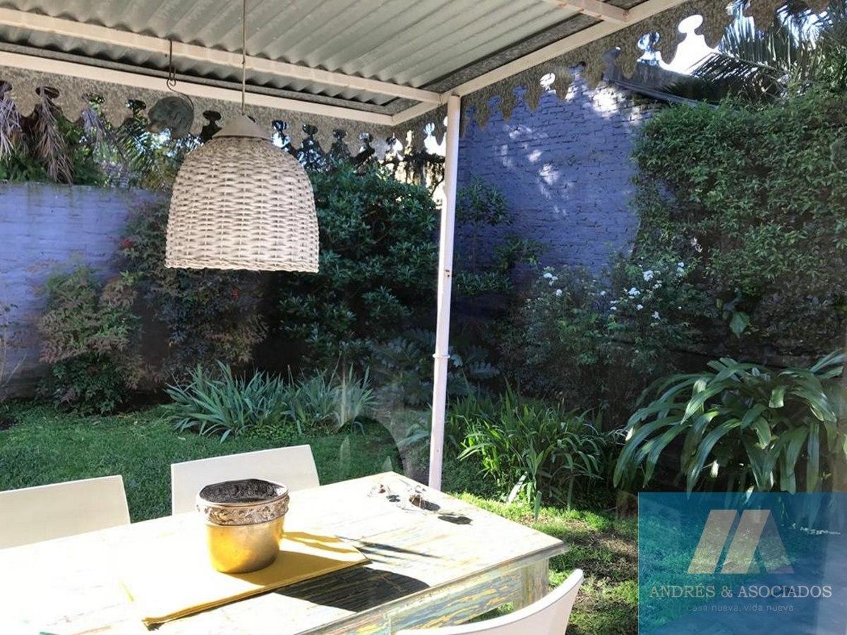 venta casa rio av. san martin 2016, bella vista