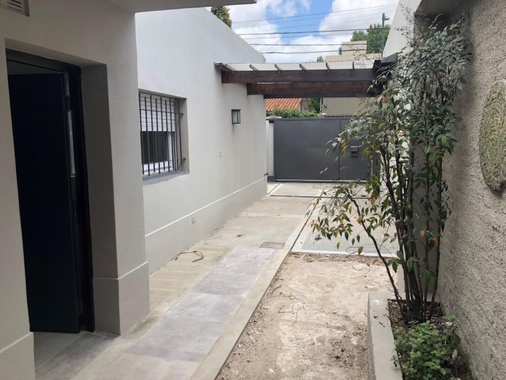 venta casa san isidro una planta tres dormitorios