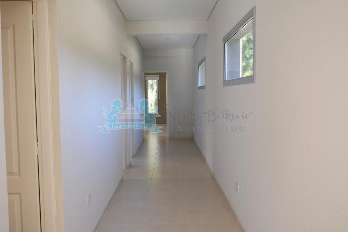 venta casa senderos iii costa esmeralda
