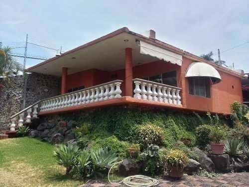 venta casa sola en fraccionamiento burgos