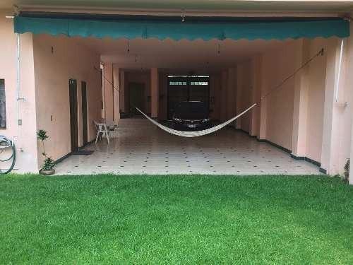venta casa sola en subida chalma con uso de suelo