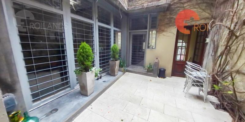 venta casa tipo loft de 2  plantas 3 ambientes y medio con patio y terraza boedo