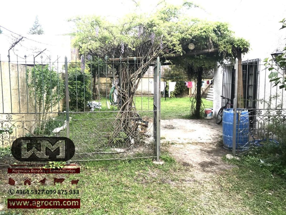 venta casa trinidad flores 3 dormitorios baño cochera patio