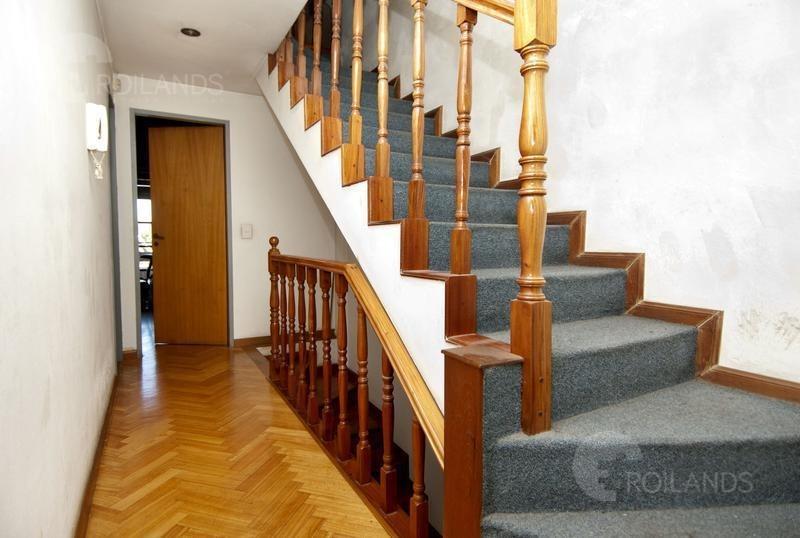 venta casa triplex 4 ambientes con patio y cocheras en saavedra villa urquiza