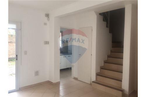 venta casa triplex  escobar