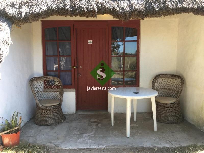 venta casas en la paloma, son 3 casas de 1 dormitorio y 2 monoambientes. - ref: 167263