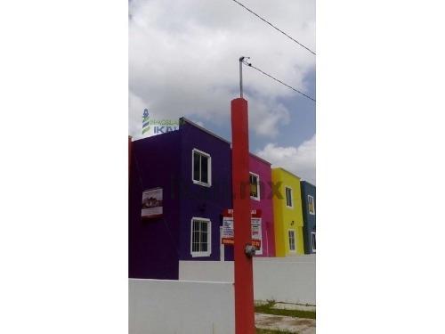 venta casas nuevas colonia naranjal tuxpan veracruz. cuentan con dos recamaras una con ventana hacia el patio y otra con vista hacia el jardín, también tiene sala, comedor y cocina, en el primer piso