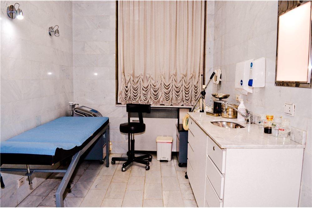 venta centro medico- consultorios- casa antigua uso comercial en palermo