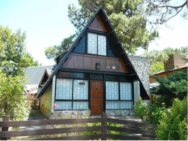 venta chalet 3 dormitorios villa gesell zona norte