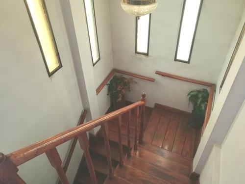 venta chalet 5 ambientes en castelar norte