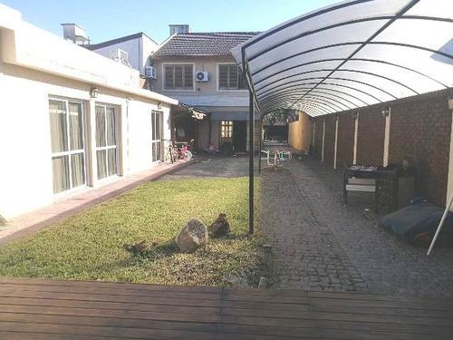 venta chalet 6 ambientes s/ lote de 510 m2 castelar norte
