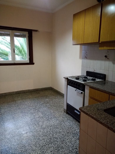 venta chalet con ph arriba  entrada independiente