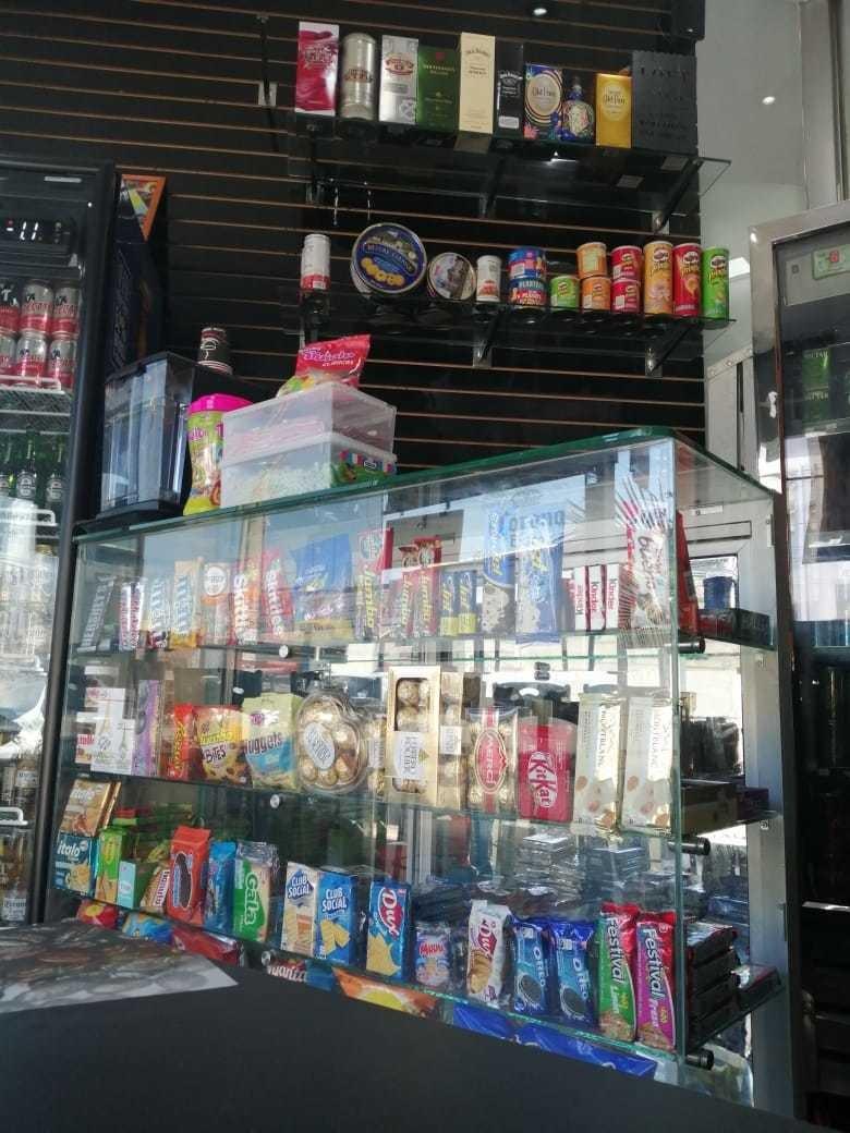 venta cigarreria licorera