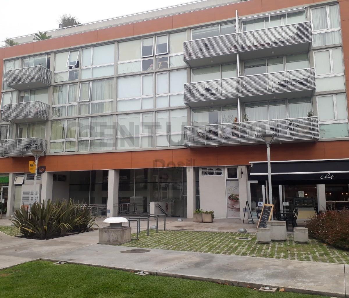 venta cochera cubierta  en edificio de categoría villa urquiza