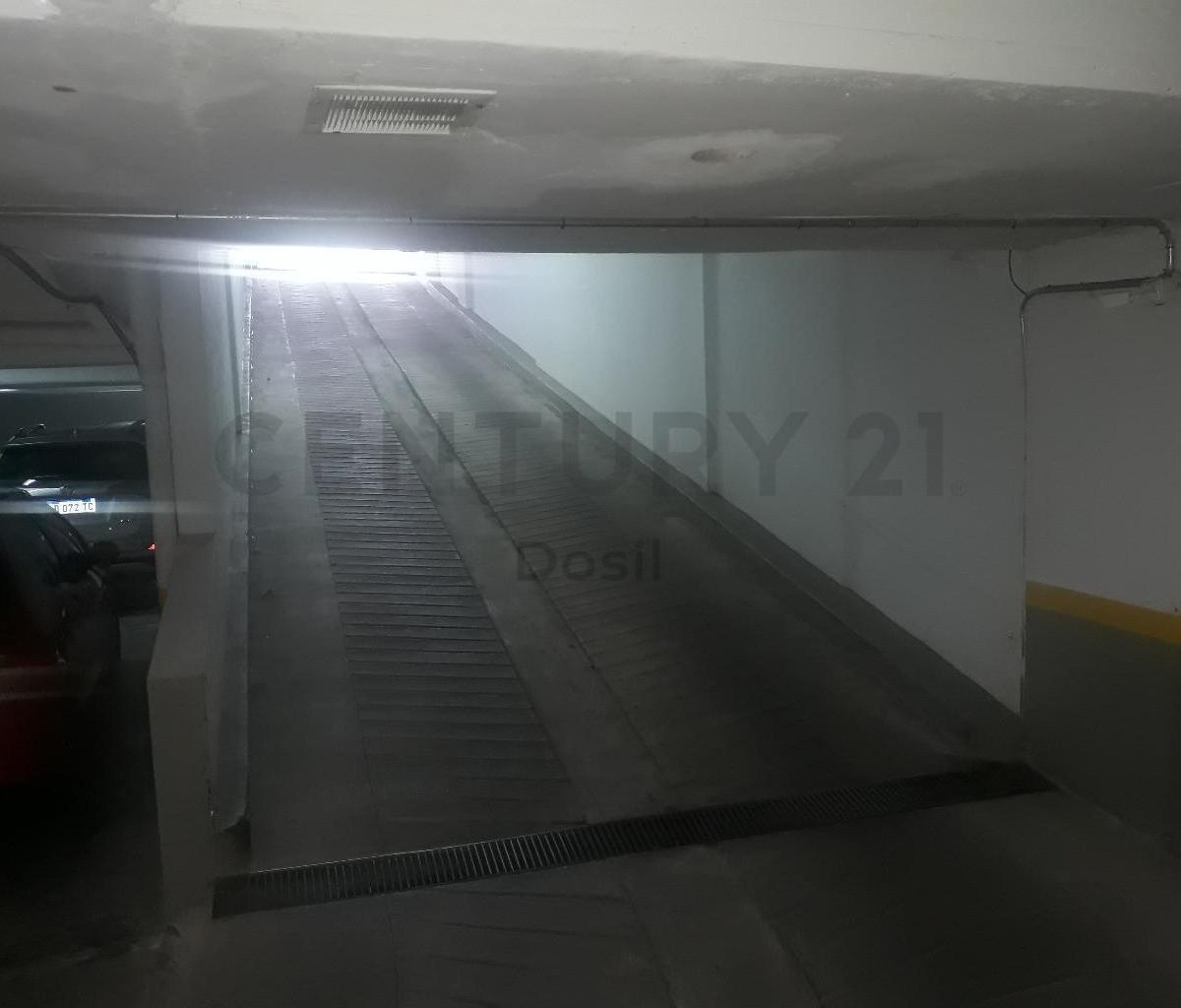 venta cochera cubierta uf 55 en villa urquiza
