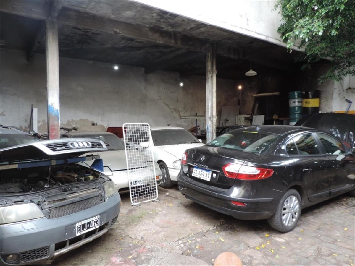venta con renta - 2 amplios locales - oficinas y galpones