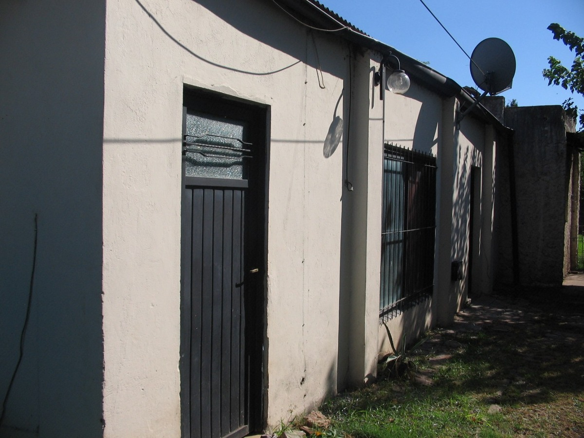venta de 2 casas en lujan, bs as