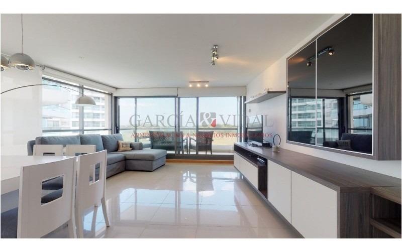 venta de apartamento 3 dormitorios en playa brava- ref: 2156
