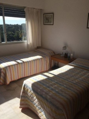 venta de apartamento 3 dormitorios en roosevelt