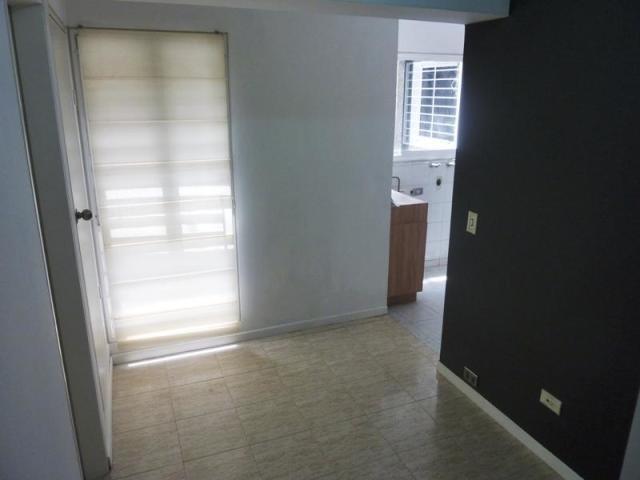 venta de apartamento en bello monte 19-14532
