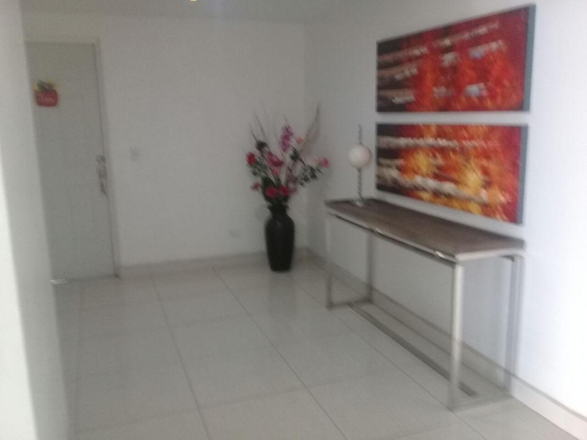 venta de apartamento en condado del rey #18-6882hel**