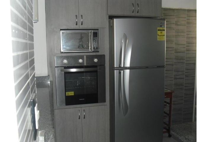 venta de apartamento en las acacias 19-9595