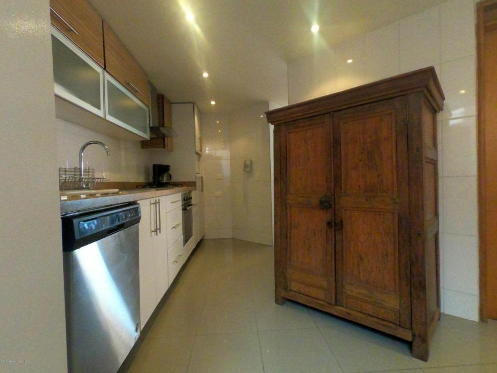 venta de apartamento en los rosales duplex mls 20-494 fr