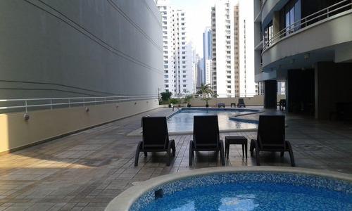 venta de apartamento en obarrio 18-4331  **hh**