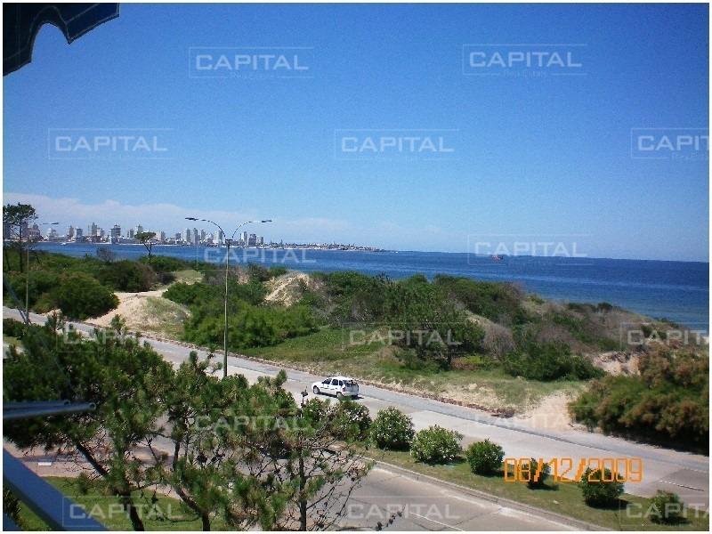 venta de apartamento en primera fila de playa mansa-ref:28182