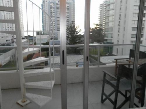 venta de apartamento monoambiente, playa mansa