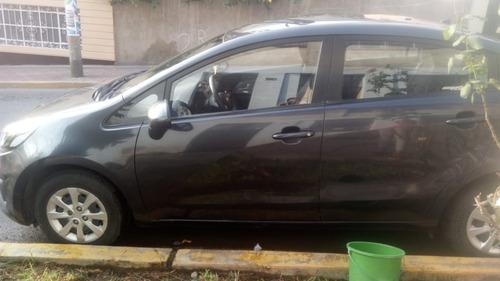venta de auto kia rio 2015