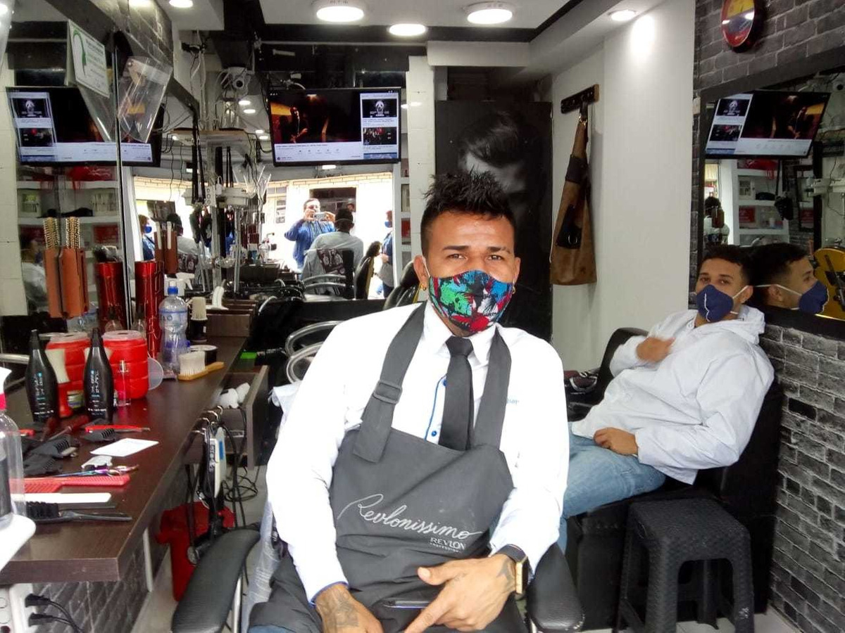 venta de barbería acreditada sector comercial