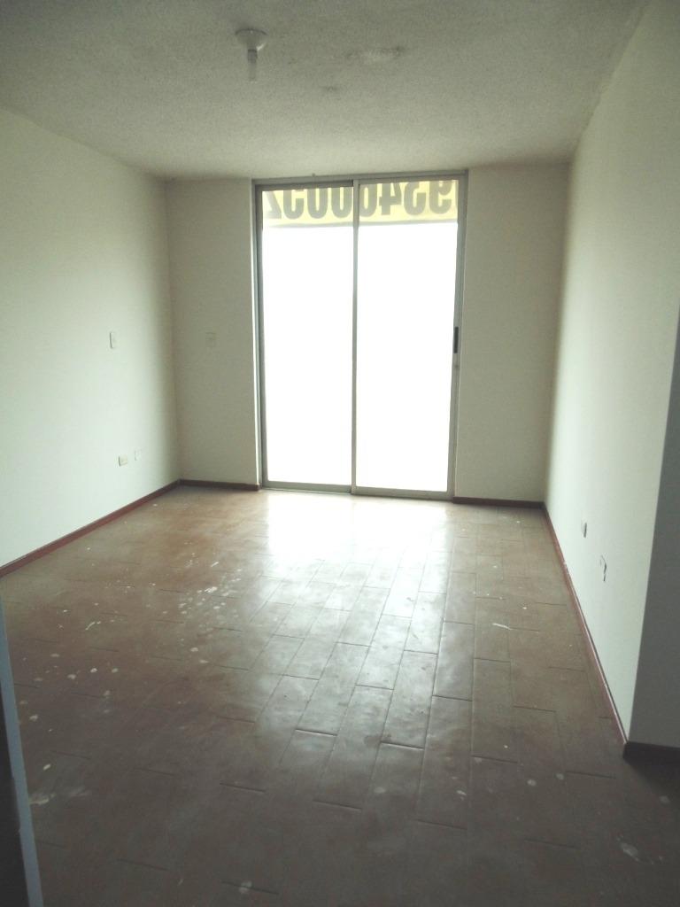 venta de bella casa en villa club etapa 1 carabayllo