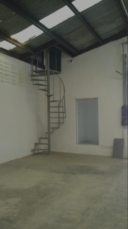 venta de bodega calle 58, son 620 m2