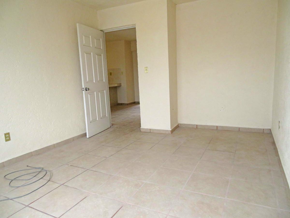 venta de bodega con vivienda en queretaro lomas casa blanca