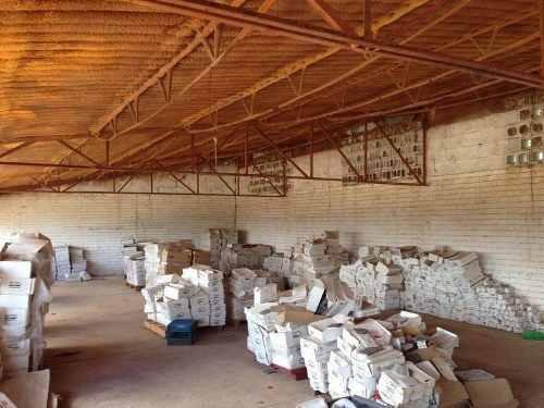 venta de bodegas con terreno en colonia aeropuerto