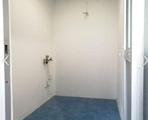 venta de bonita casa remodelada con excelente ubicación en zona de oro ii !!!