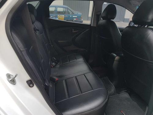 venta de camioneta hyundai 4x2 -2015