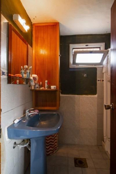 venta de casa 2 dormitorios en la barra/el tesoro, punta del este.-ref:2562