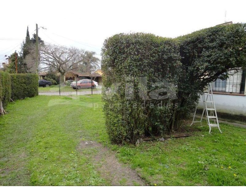venta de casa 3 amb + parque en rotonda, ciudad evita