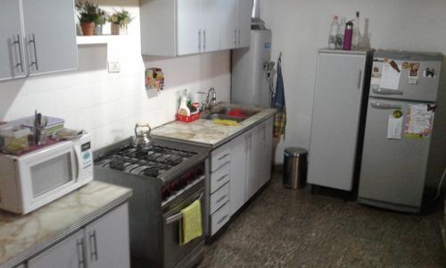 venta de casa 3 ambientes con cochera lanús