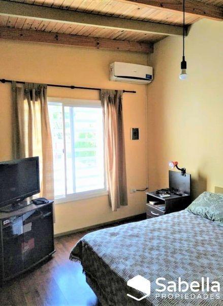 venta de casa 3 dormitorios, berisso.